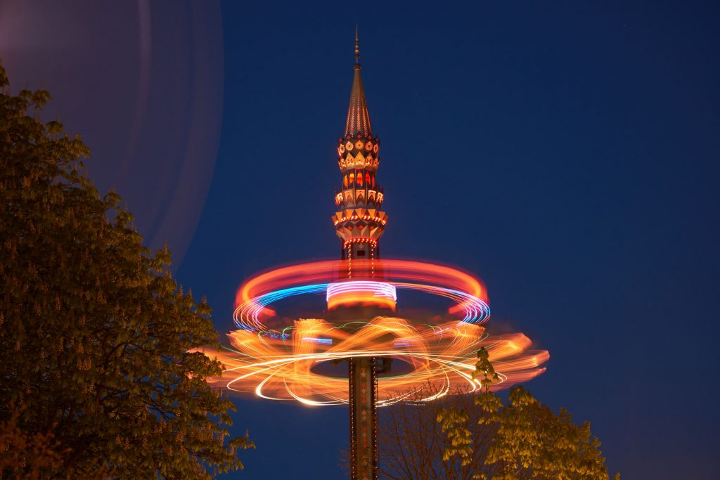 KubeCon - Tivoli park after dark